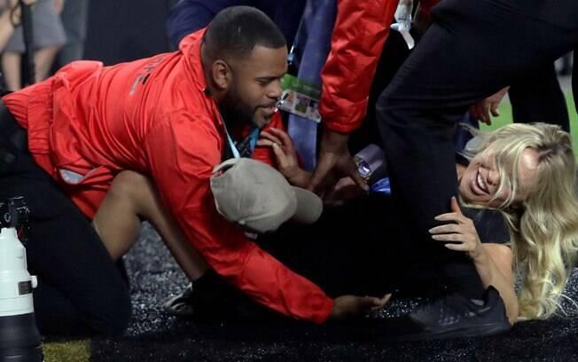 Kelly Kay tentou invadir o Super Bowl%2C mas se deu mal