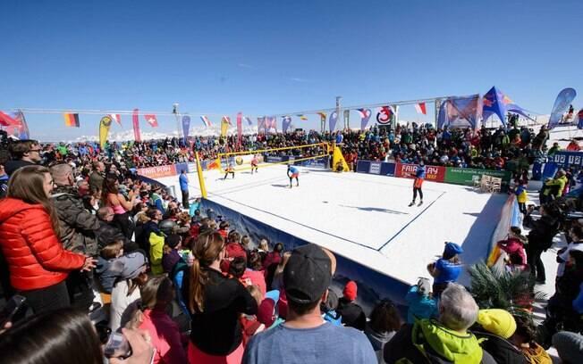 Brasil estreia no Circuito Mundial de Vôlei na neve nesta sexta-feira (29), na Áustria