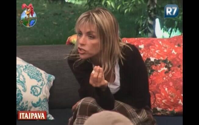 Anna Markun debate estratégias com Joana Machado
