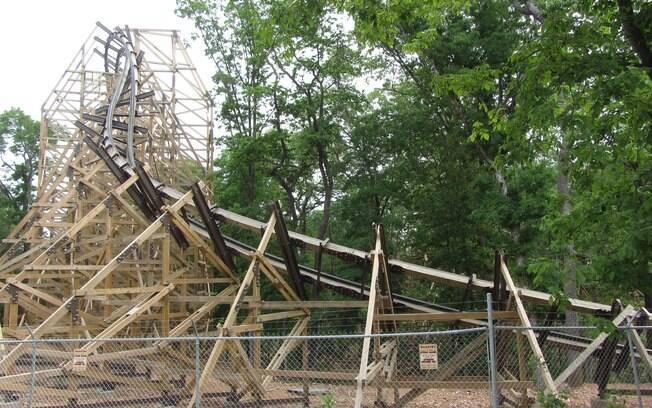O parque de diversões Silver Dollar City é o dono de uma das menores e mais rápidas montanhas-russas da lista