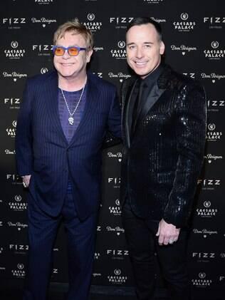 Elton John e David Furnish devem fazer o casamento mais disputado de 2014