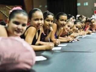 Bolshoi realiza audições de jovens com ou sem conhecimento em dança entre 9 e 17 anos em Valadares