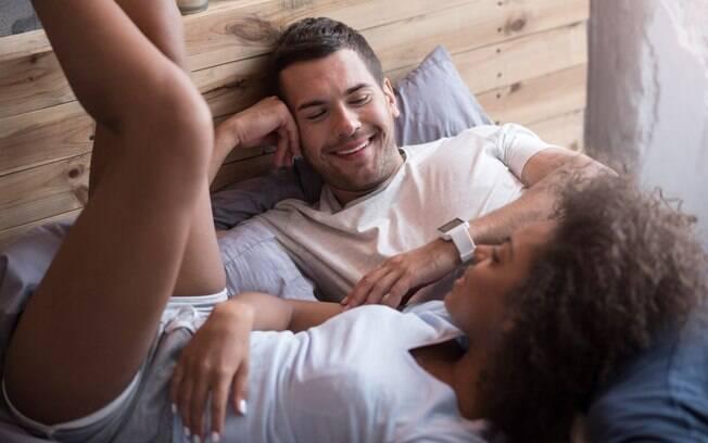 Falar de sexo com o parceiro é fundamental para manter o relacionamento saudável e a vida sexual confortável para ambos