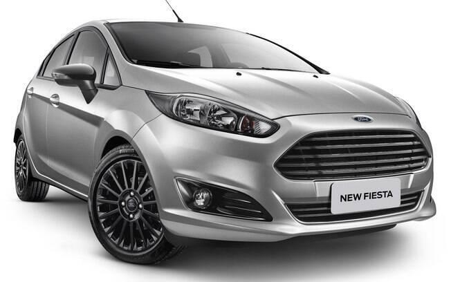 Ford Fiesta 2017 substitui o pacote esportivado Sport pelo Style e volta a contar com a versão Titanium.