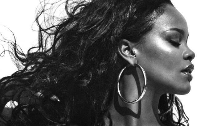 Rihanna e outros artistas que não lançam álbuns há tempos - e dão saudades!