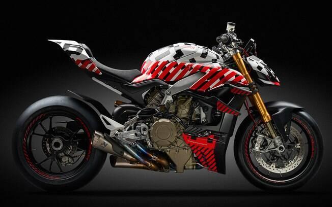 Ducati Streetfighter V4 ainda em fase de protótipo antes de ser lançada, apenas no ano que vem