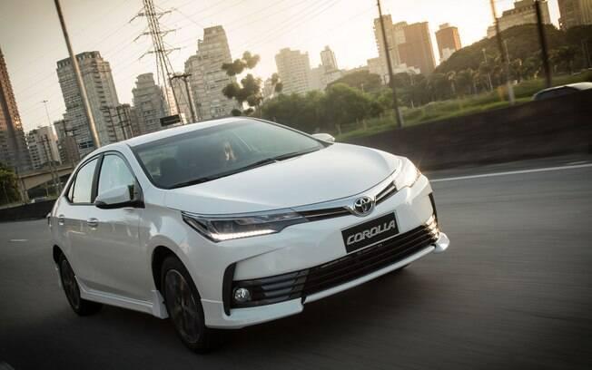 Mais equipado e com novo design, o Toyota Corolla tem grandes chances de aumentar ainda mais  sua liderança