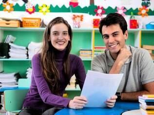 Saber que os pais vão às reuniões deixa os filhos mais seguros e com a noção de que seu desenvolvimento realmente tem importância