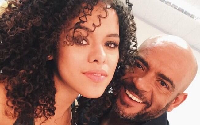 O expert deixa o cabelo da blogueira Rayza Nicácio ainda mais brilhante