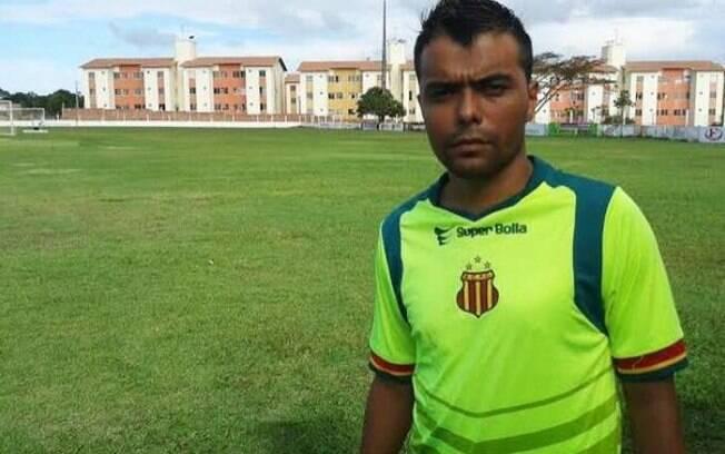 Wellington Índio, ex-jogador do Palmeiras, foi preso com 23 tijolos de cocaína em área nobre de SP