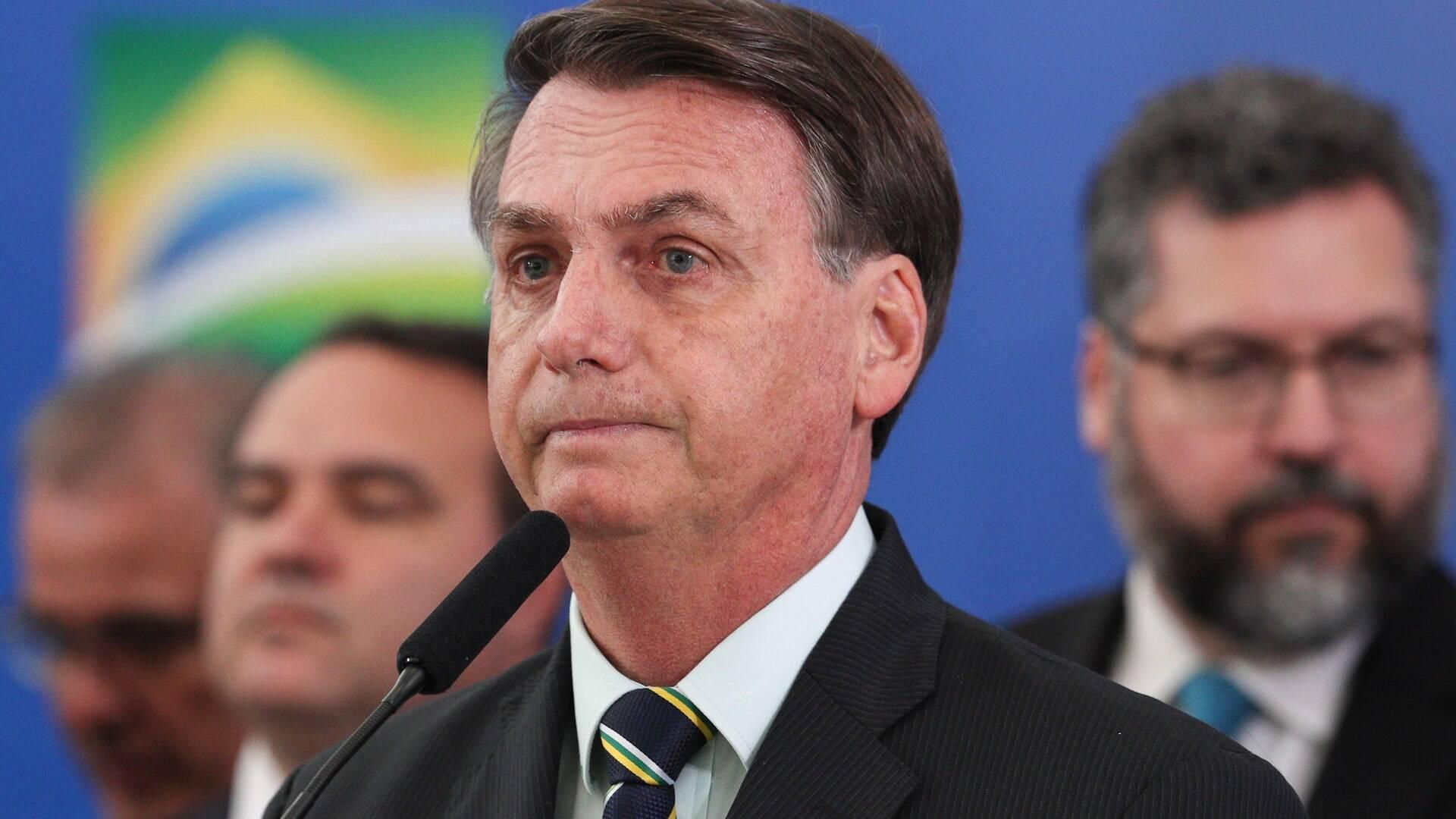 Bolsonaro divulga candidatos de várias cidades; Russomano e Crivella são citados - Eleições - iG