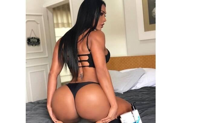 Gracyanne Barbosa sensualiza em nova foto do seu corpo nas redes sociais