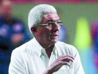 Givanildo Oliveira sustenta invencibilidade de nove partidas