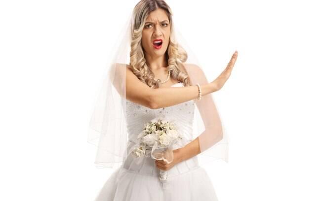 A atitude da noiva de excluir a amiga gerou repercussão no fórum e, por lá, diversos usuários deixaram suas opiniões