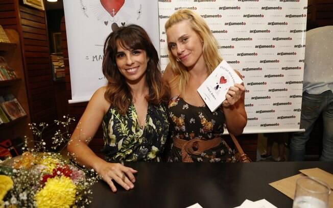 Maria Ribeiro recebe Carolina Dieckmann