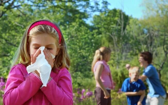 Filho alérgico: ácaro é o responsável pela maioria dos casos.