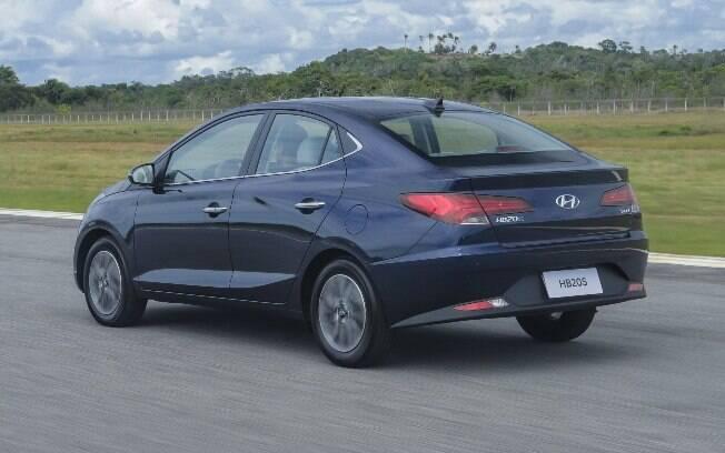 Hyundai HB20S azul