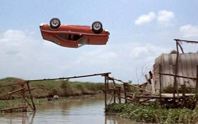 AMC Hornet X durante o famoso looping em
