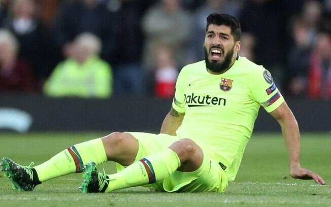 Centroavante uruguaio corre o risco de não jogar mais nesta Liga dos Campeões e perder praticamente todo o Campeonato Espanhol
