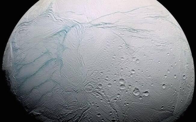Dados coletados durante o estudo confirmaram que os oceanos do satélite podem conter vida