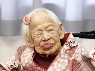 Mulher mais velha do mundo, a japonesa Misao Okawa, completou 117 anos nesta quinta-feira (5) em Osaka