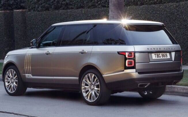 Apesar de robustez, as linhas do Range Rover são suaves, o que dá dicas sobre o que encontrar no seu interior