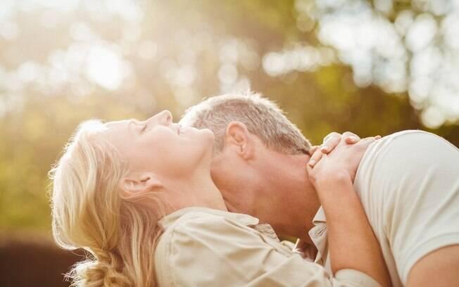 Conseguir aumentar a libido é um dos principais desafios para as mulheres que estão passando pela menopausa