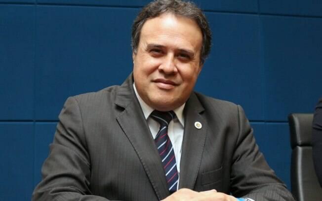 Covid: vereador Professor Alberto, de Campinas, continua intubado e estado é grave
