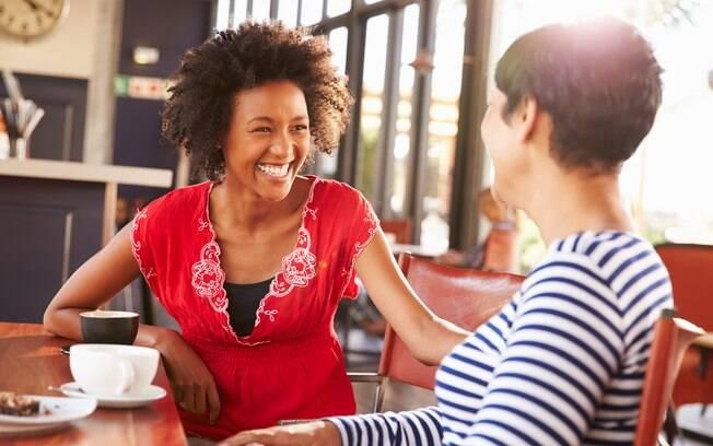 Fazer coisas que te deixe bem e feliz pode ajudar a deixar sua mente repleta de pensamentos positivos