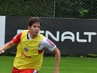 Assim como Luiz Fabiano, meia não vai a Salvador