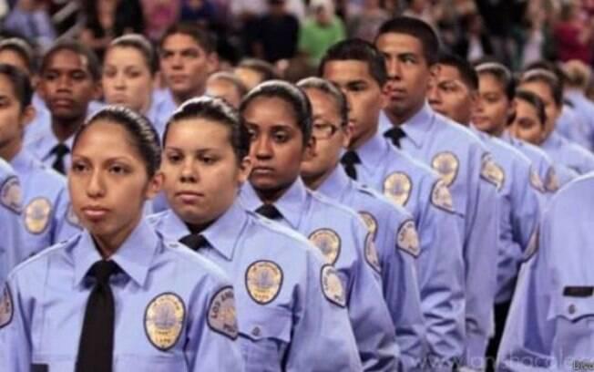 Reforma incluiu a criação de cotas para negros, mulheres e latino-americanos na força policial