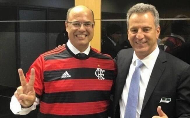 Witzel ao lado de Landim%2C presidente do Flamengo
