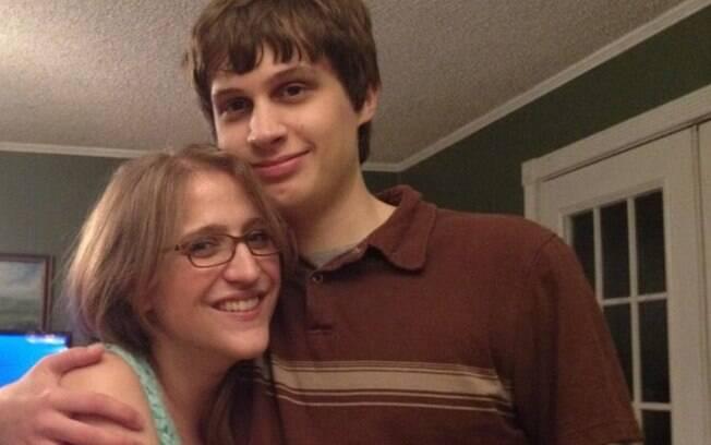 Kristin e Michael Andrews-Karr se casaram em 2014, mais de uma década depois que se conheceram através do Neopets