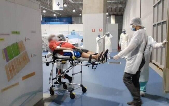 Hospital de Campanha da Prefeitura, no Riocentro, recebe os primeiros pacientes