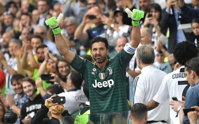 Buffon se despediu da Juventus como um dos maiores goleiros da história