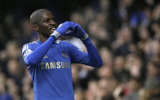 Ramires comemora gol marcado pelo Chelsea