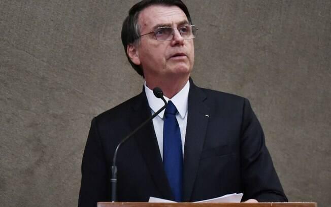 Jair Bolsonaro afirmou que vai adotar um controle mais rígido de concessões durante o seu governo, citando a Lei Rouanet