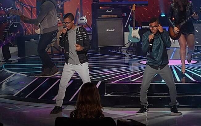 Lucas e Orelha são os campeões do 'Superstar' 2015. Foto: Reprodução/TV Globo