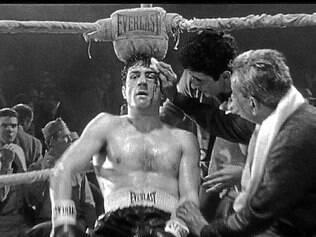 O filme é marcado pelos confrontes entre La Motta e Sugar Ray Robinson