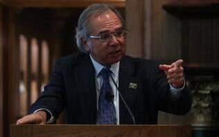 """Guedes diz que revisão do PIB para baixo não preocupa: """"É som de batalha"""""""