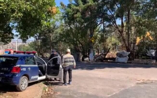 Catador de lixo fica desabrigado após reintegração de posse no Vila Rica, em Campinas