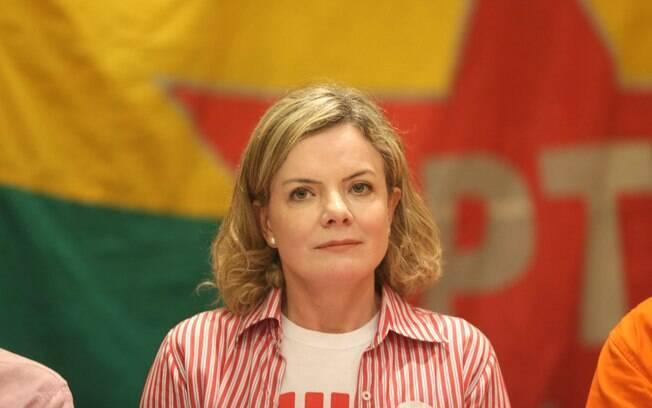 PT usou R$ 4,7 mil do fundo partidário para comprar celular top de linha para a deputada Gleisi Hoffmann
