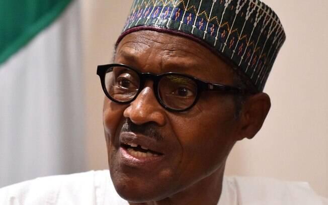 Presidente da Nigéria desmente fake news que sustentava que ele havia morrido e sido substituído por um clone