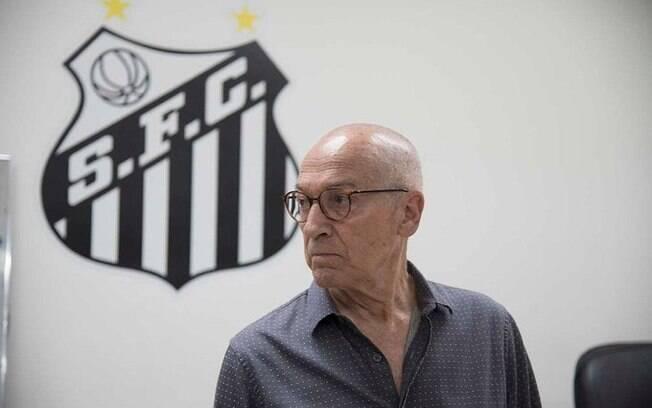 Jesualdo Ferreira, treinador do Santos, gera preocupação por conta de sua idade