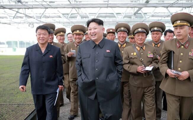 Kim Jong-un, líder da Coreia do Norte, deixa claro que o conflito com os EUA se sobrepõe à 'guerra' entre as Coreias