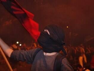 Alckmin sanciona nesta sexta-feira lei que proíbe máscaras em protesto
