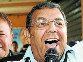 Parceria.  Marcelo Aro lançou sua campanha ao lado do candidato Antônio Jorge e de Décio Camargos.