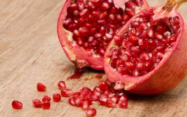 A romã contém elagitaninos, poderosos antioxidantes - logo, um anticancerígeno natural. Foto: Getty Images