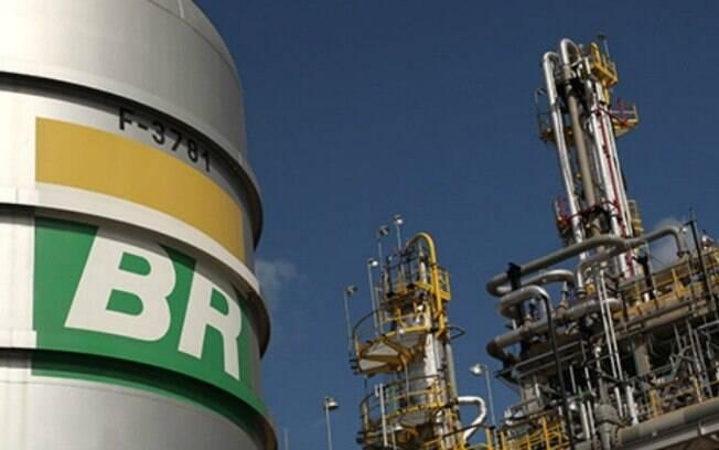 A Petrobras adota essa política de reajuste do preço da gasolina desde 2017; até agora, valores já subiram 21,04%