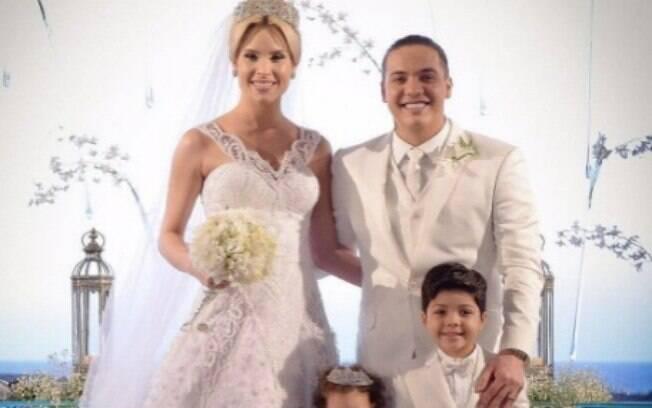 Wesley Safadão e Família no dia do casamento